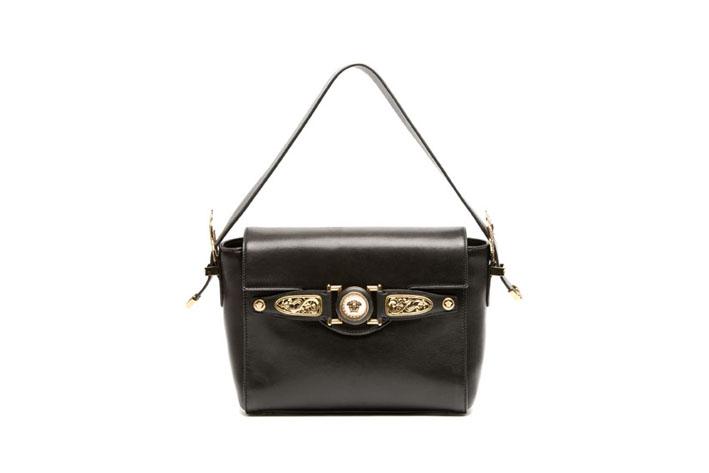 Versace D.Signature. Versace presenta la nuova nata nella collezione  Signature bag collection ... 297e294236c89