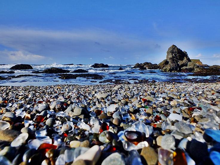 Glass Beach, Fort Bragg - California.