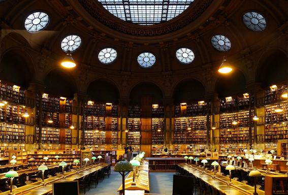 1280px-Bibliothèque_nationale_de_France,_Paris_(site_Richelieu)_-_Salle_Ovale_2