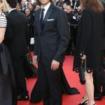 L'attore e regista messicano Diego Luna ha indossato un completo firmato Ermenegildo Zegna.