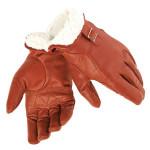 Dainese - Guanti da moto Freeman Gloves. Realizzati con pregiata pelle di capra, hanno la parte interna del polso in morbida e calda pelliccia che può essere risvoltata e fissata tramite una fibbia in metallo.