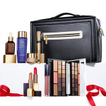 Estée Lauder - Blockbuster Holiday 2016 comprende la Deluxe Palette con 16 Ombretti, 3 Pure Color Envy Blush, 2 Pure Color Envy Lipstick, 1 Pure Color Envy Lip Gloss, 1 Sumptuous Extreme Mascara, 1  Advanced Night Repair Synchronized Recovery Complex II, 1 Gentle Eye Makeup Remover, 1 Revitalizing Supreme e una Cell Power Creme