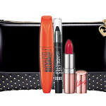 Rimmel London - Rimmel propone la trousse Scandal'eyes Trio Kit con all'interno: un Mascara Scandal'eyes Reloded, un Black Ombretto Stick Scandal'eyes e un Black Lipstick Kate Anniversary Collection