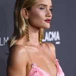 LOS ANGELES, CA - OCTOBER 29:  Rosie Huntington-Whiteley attends the 2016 LACMA Art + Film Gala Honoring Robert Irwin and Kathryn Bigelow Presented By Gucci at LACMA on October 29, 2016 in Los Angeles, California.  (Photo by Venturelli/Getty Images for LACMA)