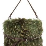 Bag ricoperta di pelliccia con dettagli di pelle di Caterina Lucchi.