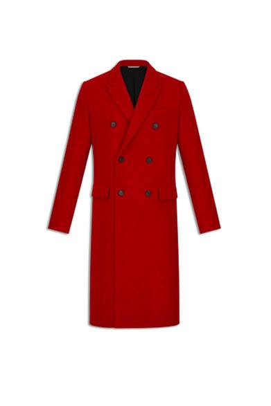 Dior - Il paltò rosso è il capo rappresentativo della collezione Inverno  2016. Questo cappotto dcee1f739dd7