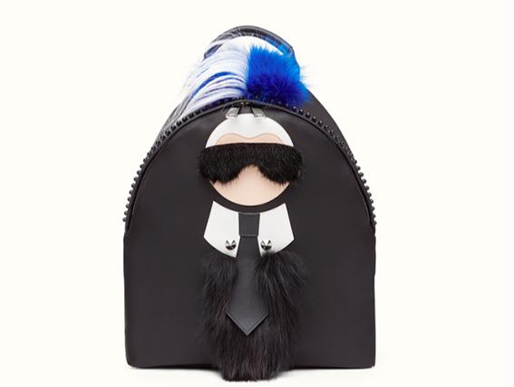 Fendi - Zaino in nylon nero e pelliccia con l'ironica rappresentazione del Direttore Creativo della maison Karl Lagerfeld.