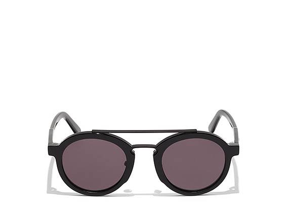 Salvatore Ferragamo - Occhiale da sole in acetato dalla forma tonda con doppio ponte metallico. Le lenti sono antigraffio e dotate di protezione contro i raggi UV.
