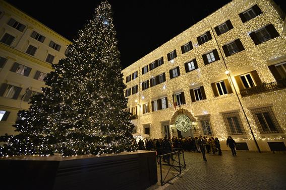 Valentino Christmas Tree Lighting – Rome, December 1st, 2016 (2)