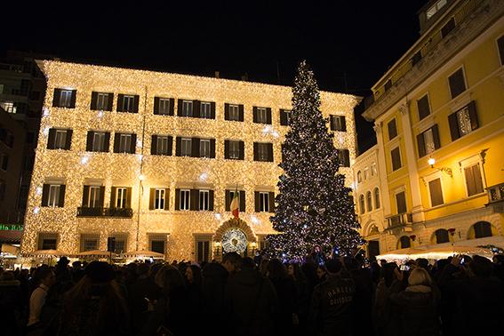 Valentino Christmas Tree Lighting – Rome, December 1st, 2016