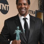 LOS ANGELES, CA - JANUARY 29:  Actor Denzel Washington, winner of the Outstanding Performance by a Male Actor in a Leading Role award for 'Fences,' poses in the press room during the 23rd Annual Screen Actors Guild Awards at The Shrine Expo Hall on January 29, 2017 in Los Angeles, California.  (Photo by Alberto E. Rodriguez/Getty Images)