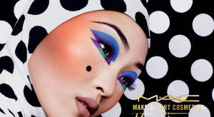 MAKEUPARTCOSMETICS_BEAUTY_KABUKI MAGIC_RGB_300 copia