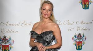 Pamela Anderson in VW