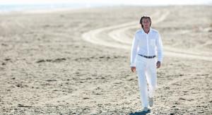 completo-total-white-uomo-camicia-in-lino-pantaloni-in-lino-spiaggia-estate-2017-120lino