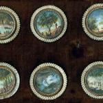 Serie di sei bottoni con miniatura. Francia,  sec. XVIII, seconda metà Pergamena dipinta; madreperla intagliata; Metallo; vetro. Firenze, Museo Stibbert