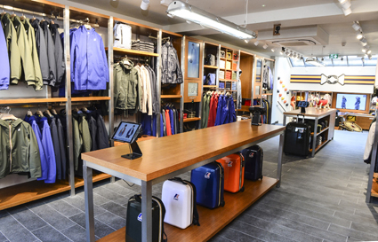 timeless design deeb5 25ffc K-Way: a Londra e a Napoli i primi due negozi senza cassa ...