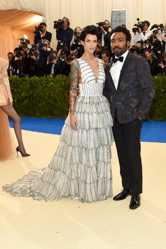 "NEW YORK, NY - MAY 01: Ruby Rose and Donald Glover attend the ""Rei Kawakubo/Comme des Garcons: Art Of The In-Between"" Costume Institute Gala at Metropolitan Museum of Art on May 1, 2017 in New York City. (Photo by Jamie McCarthy/FilmMagic)"