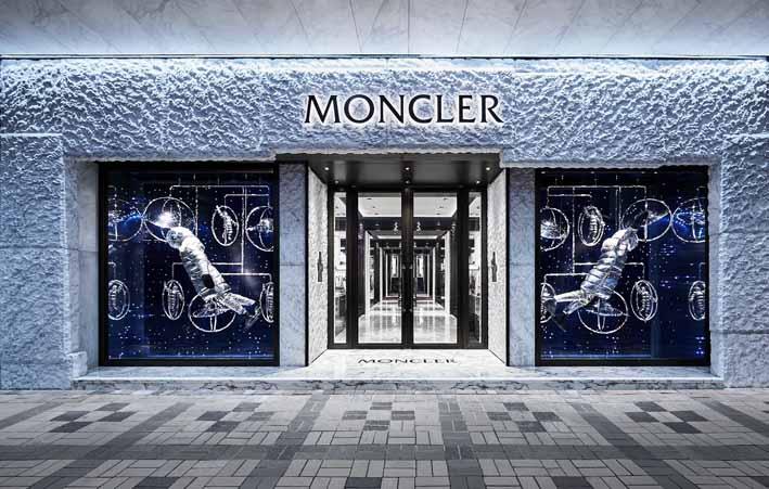 moncler-flagship-store-hong-kong-harbour-city-5