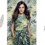 Eleonora Carisi in occasione del red carpet di apertura della 74esima Mostra del Cinema di Venezia ha illuminato la passerella indossando i diamanti Messika: un paio di orecchini e un anello in oro bianco della collezione Angel.