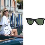 Chiara Ferragni indossa il modello Original Wayfarer Classics di Ray-Ban.  Model code: RB2140