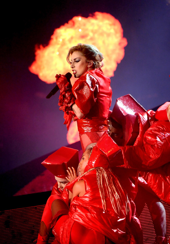 "INGLEWOOD, CA - AUGUST 09:  Lady Gaga performs onstage during the ""Joanne"" World Tour at The Forum on August 9, 2017 in Inglewood, California.  (Photo by Kevin Mazur/Getty Images for Live Nation)"
