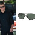 L'attore statunitense di Cambridge, Matt Damon, indossa un paio di occhiali neri firmati Ray-Ban.