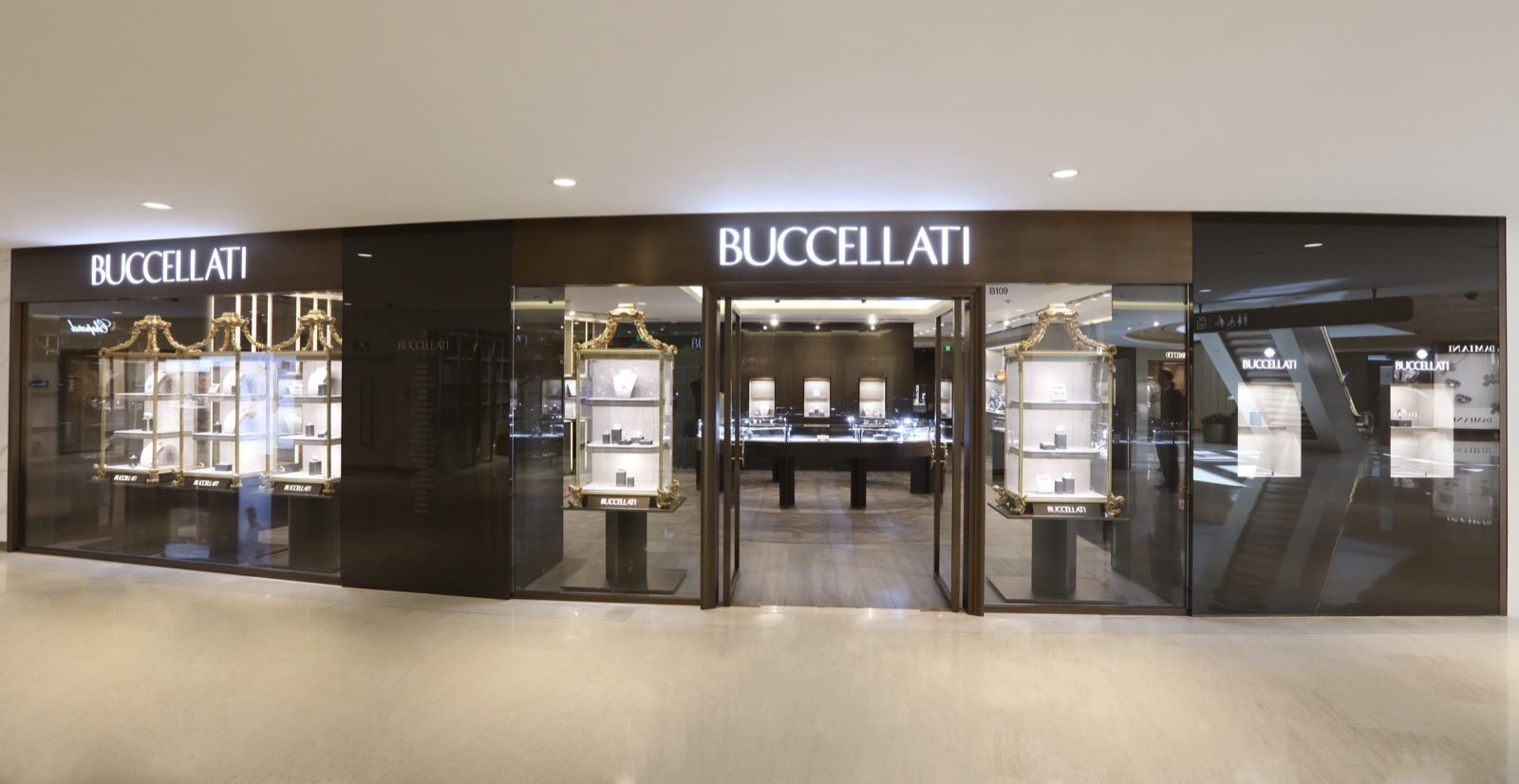 3-plaza66-shanghai_buccellati-boutique_extern