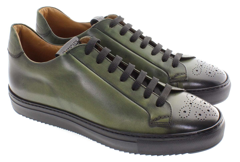 doucals-sneaker-in-pelle-con-lucidatura-stonalizzata-e-bicolore-bucatura-fiore-in-punta-2