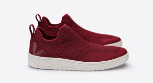 veja_aquashoe_v-knit_lb101915_lemaire_crimson-red_lateral