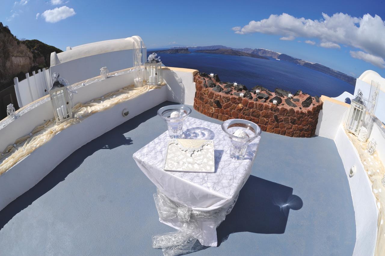 wedding-at-astarte-suites-hotel-santorini-greece16