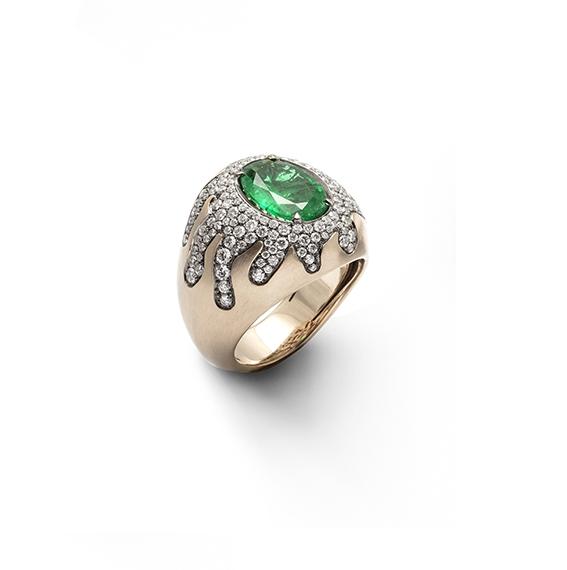 bassa-antonini-extraordinaire-2020-emerald-2-4-ct-and-diamonds-on-white-satin-gold