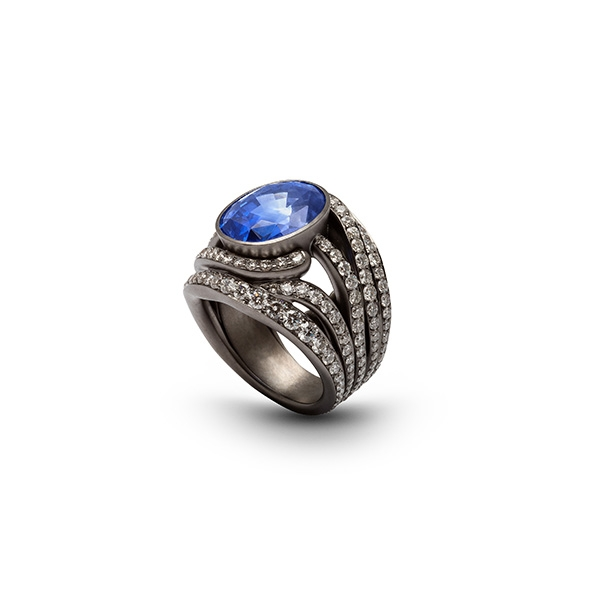 bassa-antonini-extraordinaire-collection-2020-78-ct-pave-sapphire-and-diamonds-on-black-rhodium-ring